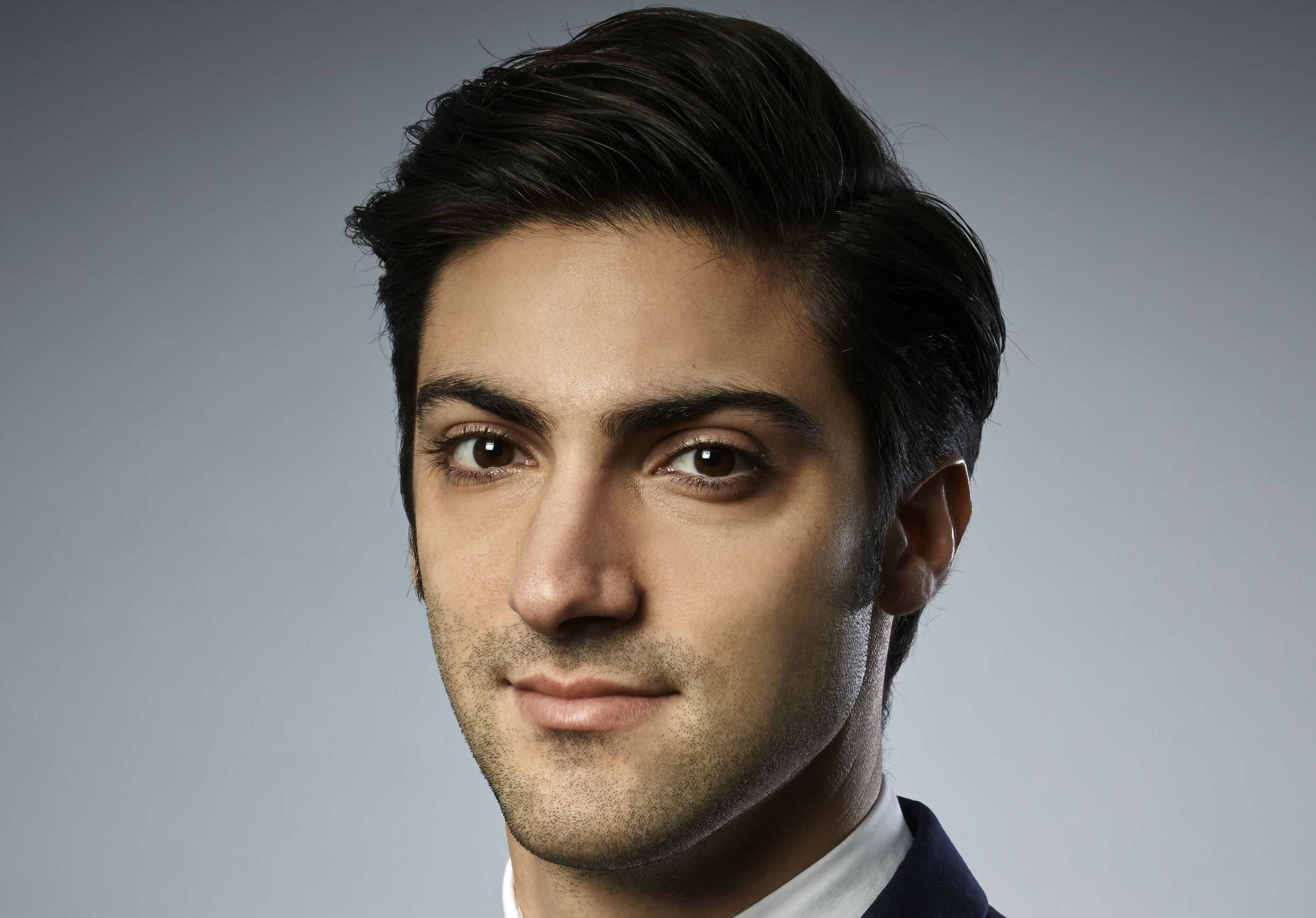 The Global Leaders in Consulting: Aris Karcanias