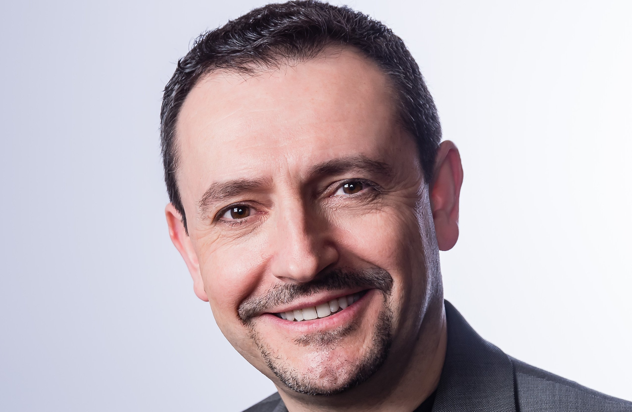 The Global Leaders in Consulting: Jesus Mantas